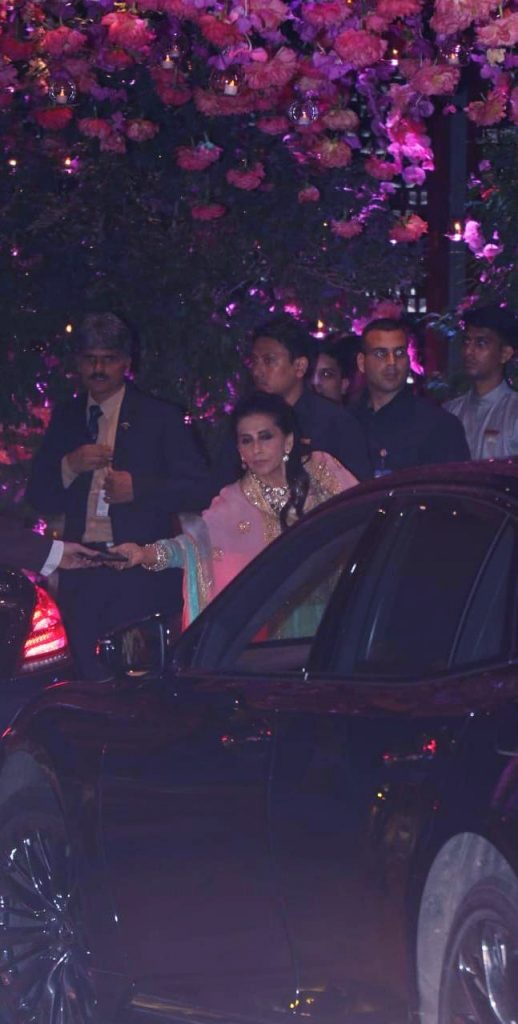 Sunita Kapoor at Akash Ambani engagement