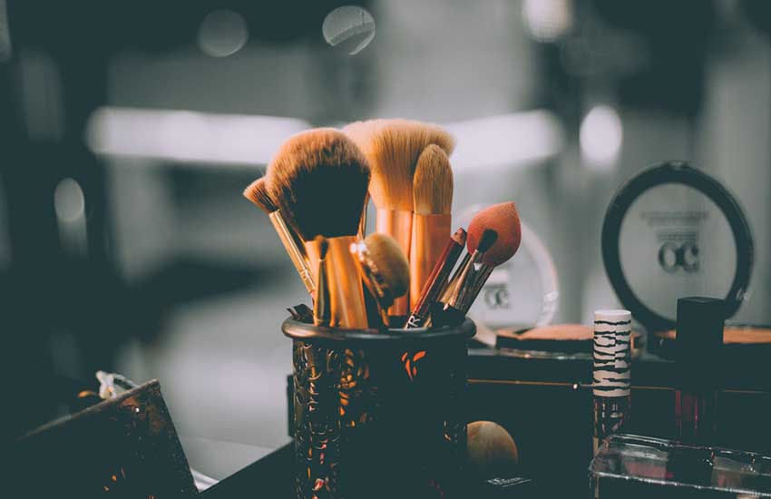 Beauty Tools For Wedding Makeup 3