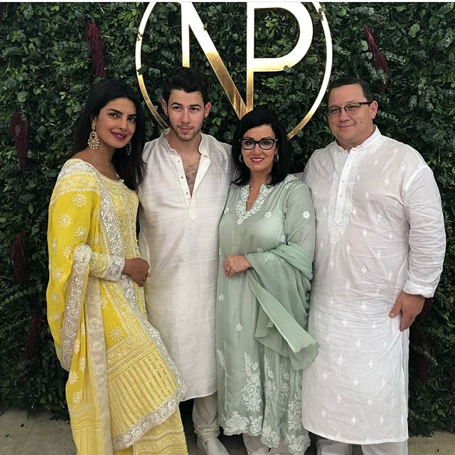 Priyanka Chopra Nick Jonas with Parents